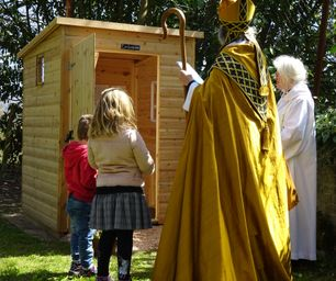 Bishop Jo blesses the new Loo