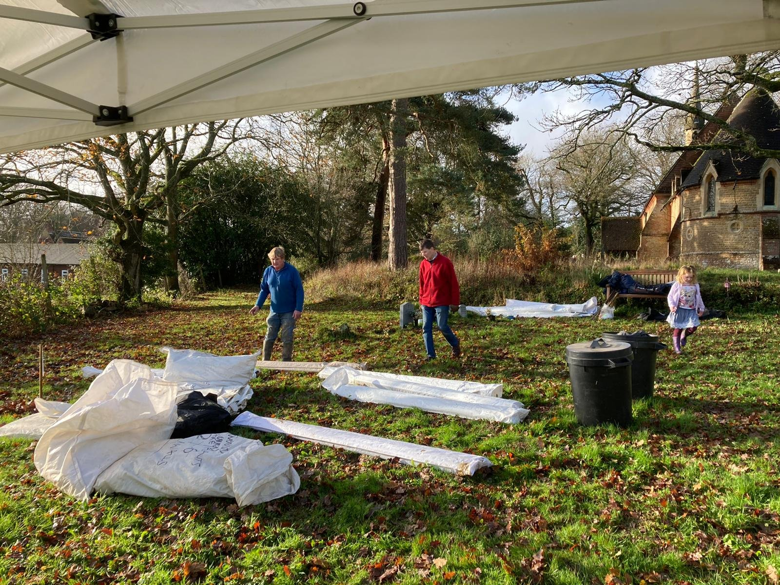 Setting up the gazebos for the Carol Service 6